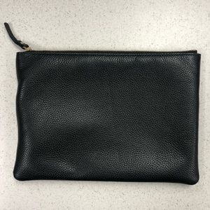 kate spade Bags - Kate Spade Ash Street Leather Gia Pouch Black